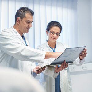 Gesundheits- und Krankenpfleger (m/w/d) in Vollzeit oder in Teilzeit (mind. 30h/Woche) als Stationsleitung für unsere Allgemeinstation Schwerpunkt Gastroenterologie